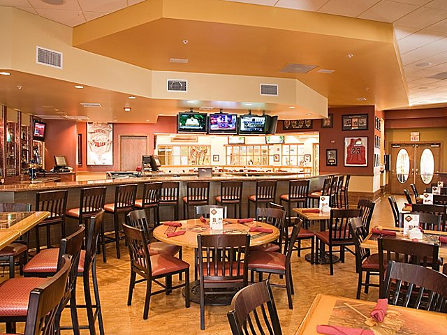 crowne-plaza-fort-myers-3801957490-4×3
